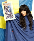 loreen-representing-sweden-showing-swedish-newspaper-expressen-announcing-D64G2K.jpg